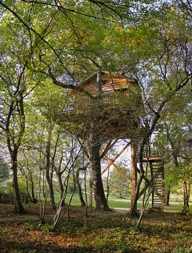 accueil chambre d 39 h tes cabane perch e cabane dans les arbres charente maritime 17. Black Bedroom Furniture Sets. Home Design Ideas